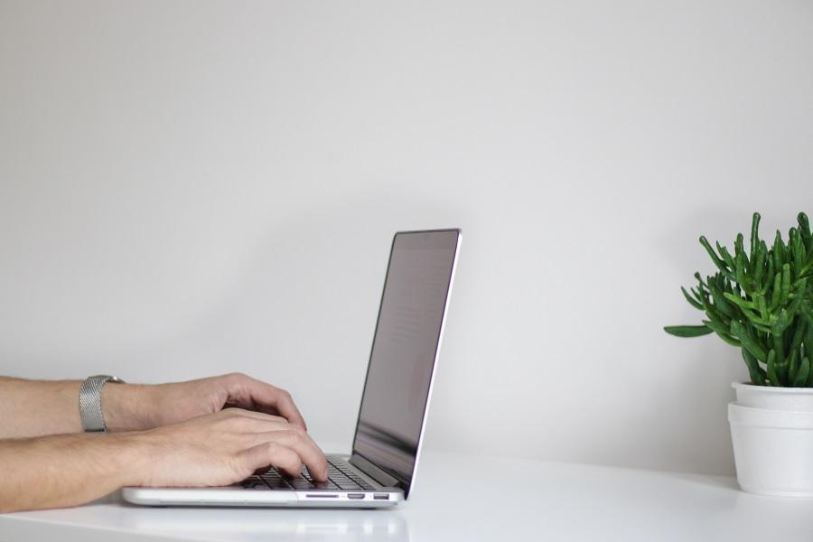 Mitä hyötyä yritykselle on kotisivuista?