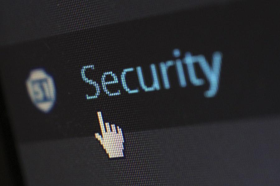 Paniikki tietomurrosta ja toinen paniikki pankin nettisivuista