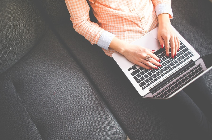 Lähtölaukaus yritysbloggaamiselle – eli mitä, miten ja miksi?